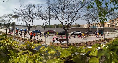 IES Collblanc  - Panoràmica Dia de la EF al carrer 2 .jpg (34 KB)